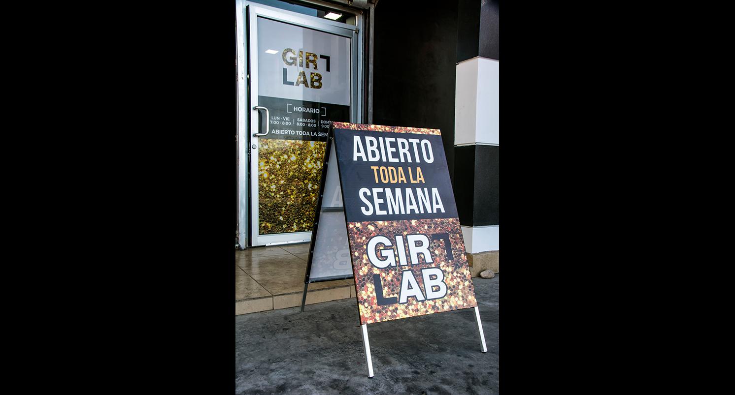 GirlLab03-tamanio-galeria-AX