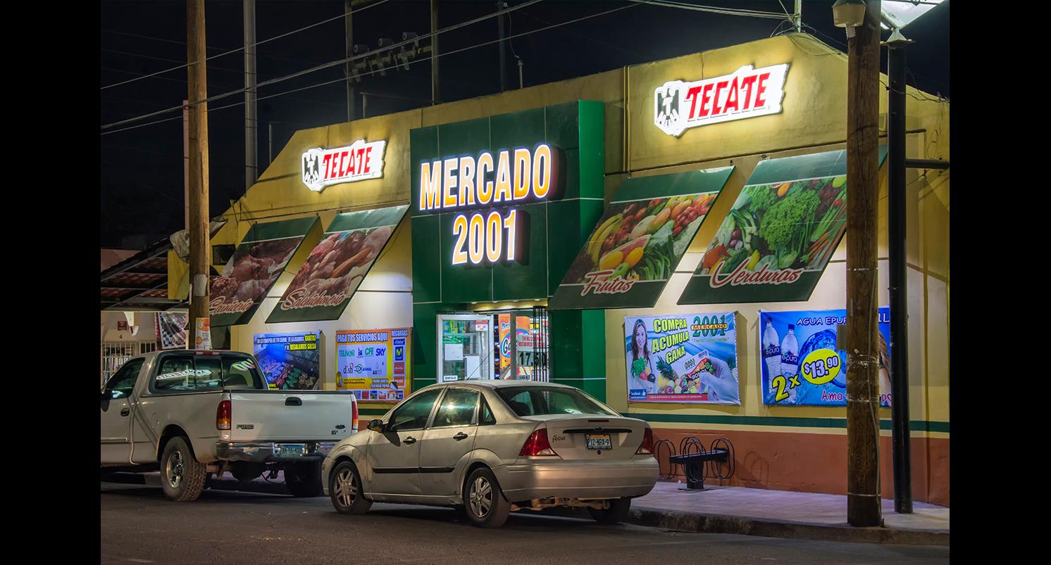 Merc2001-tamanio-galeria-AX
